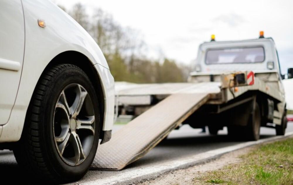 Laweta – jakie prawo jazdy jest potrzebne, by ją wypożyczyć?